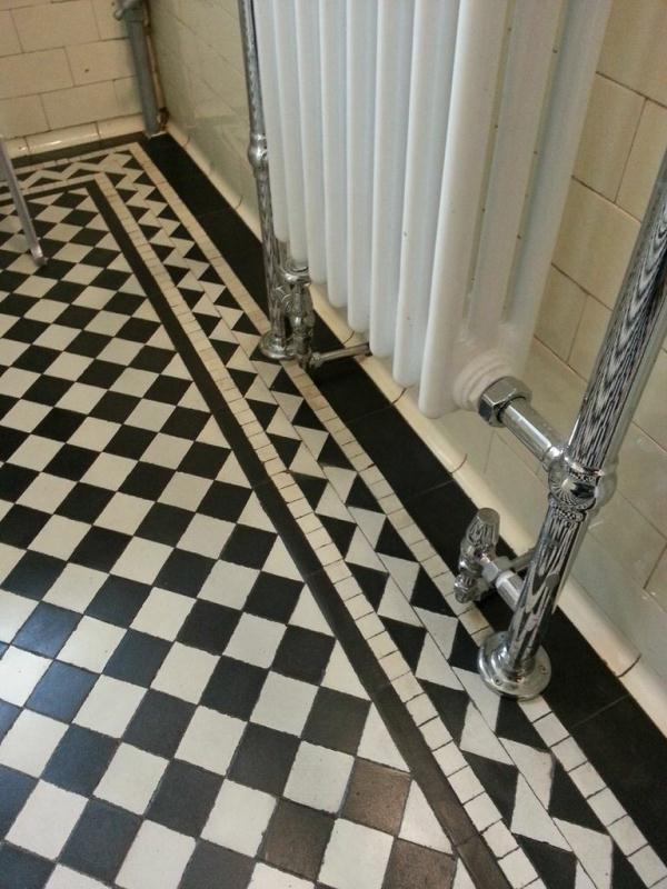Victorian Tiled Floor Near Horncastle After Cleaning2