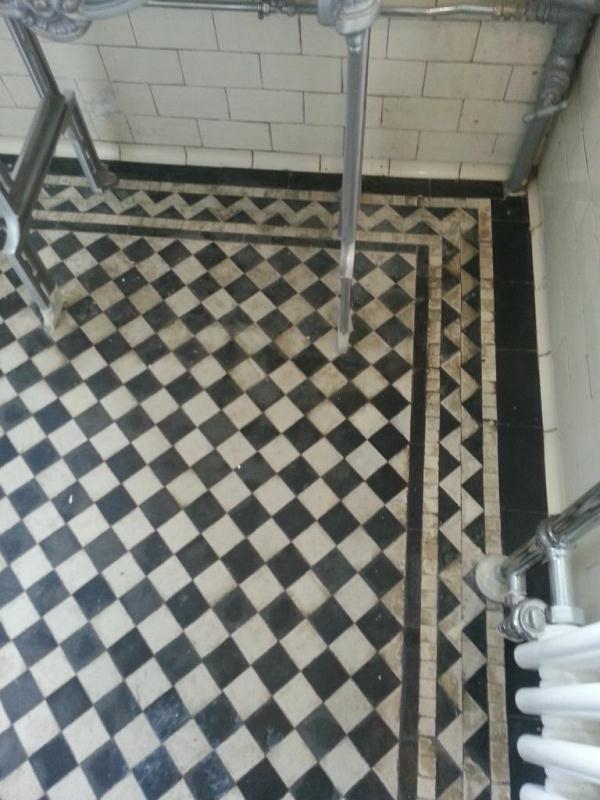 Victorian tiled floor near Horncastle before Cleaning3